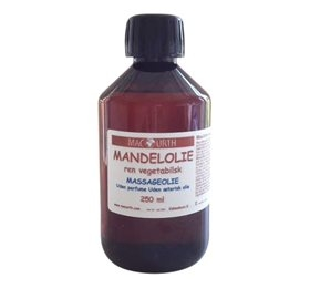 Image of   MacUrth Mandelolie (250 ml)